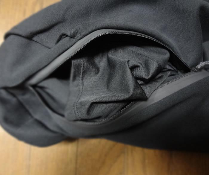 ナイキテックフリースジョガーパンツ ポケット内側
